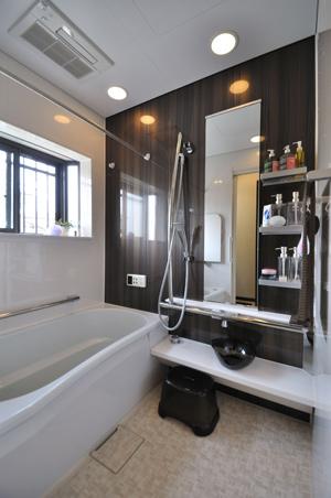タイル貼り浴室からユニットバスへ!お掃除簡単