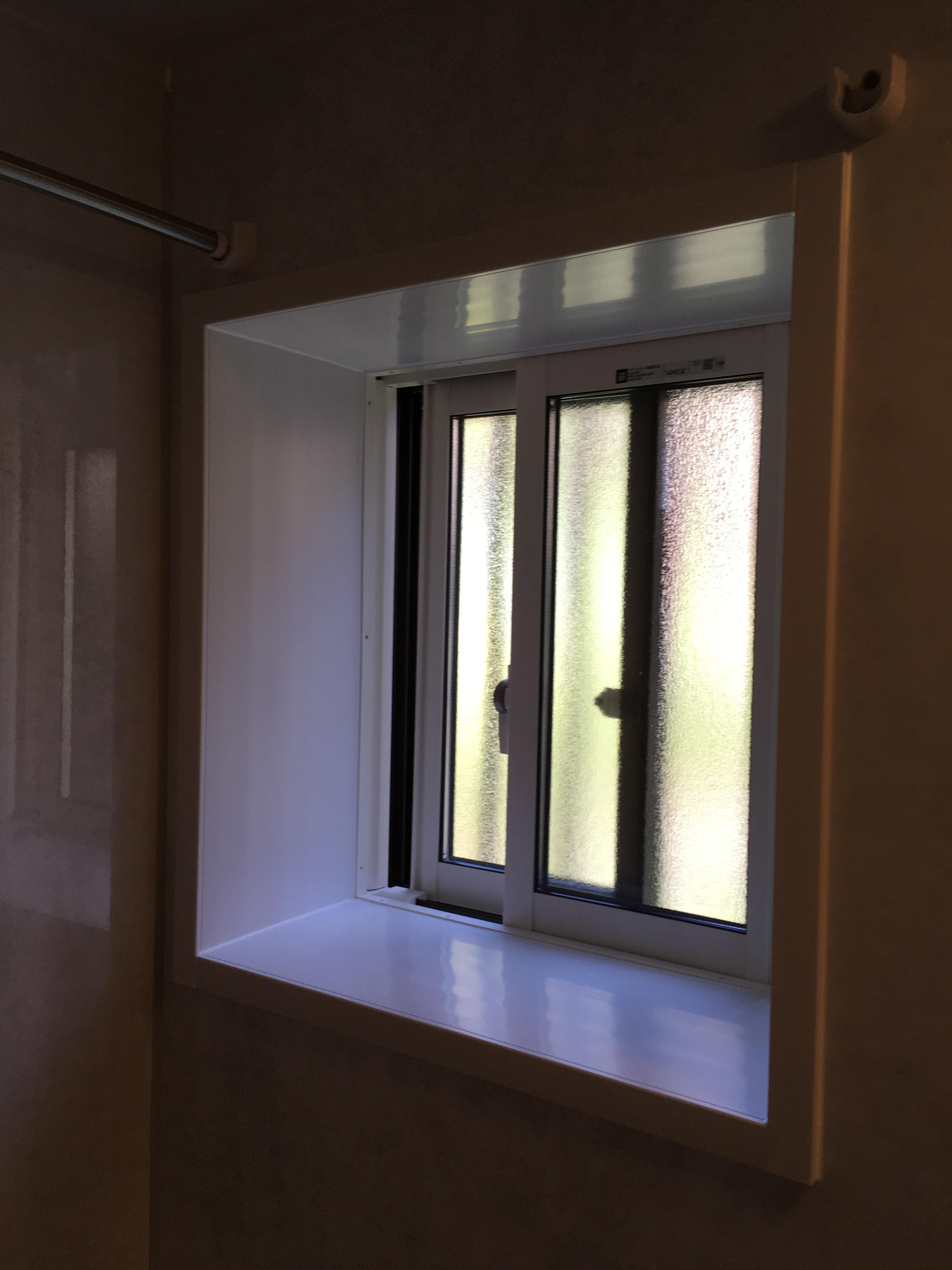 【YKKAP】浴室窓