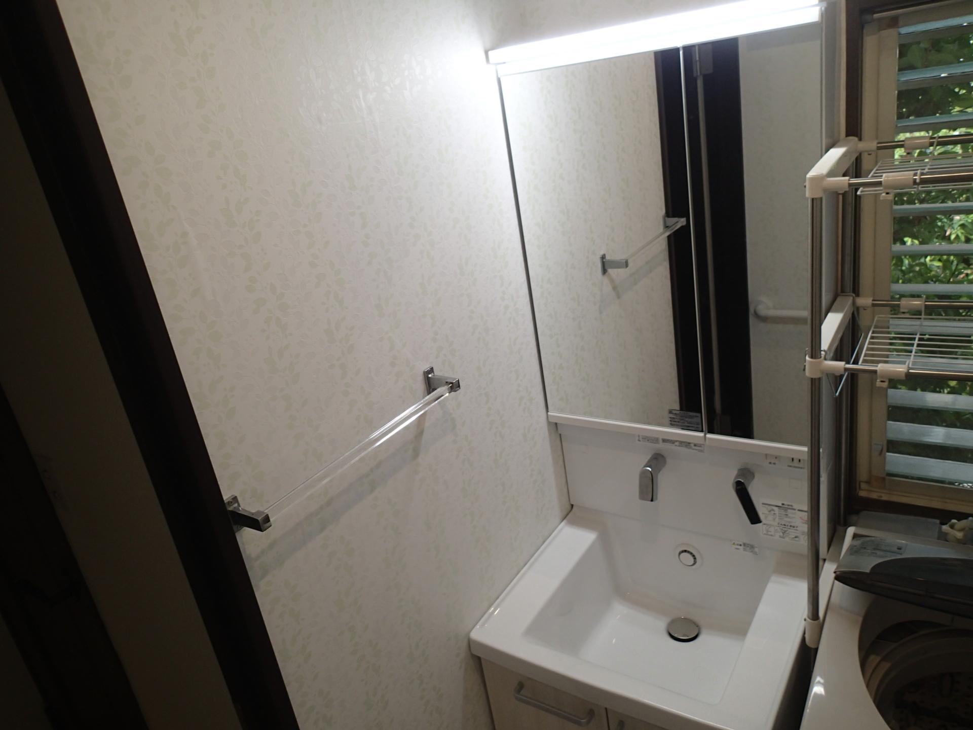 コンパクトでも使い勝手のよい洗面化粧台。