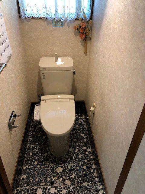 トイレ 既設カスガディーナからアメージュ