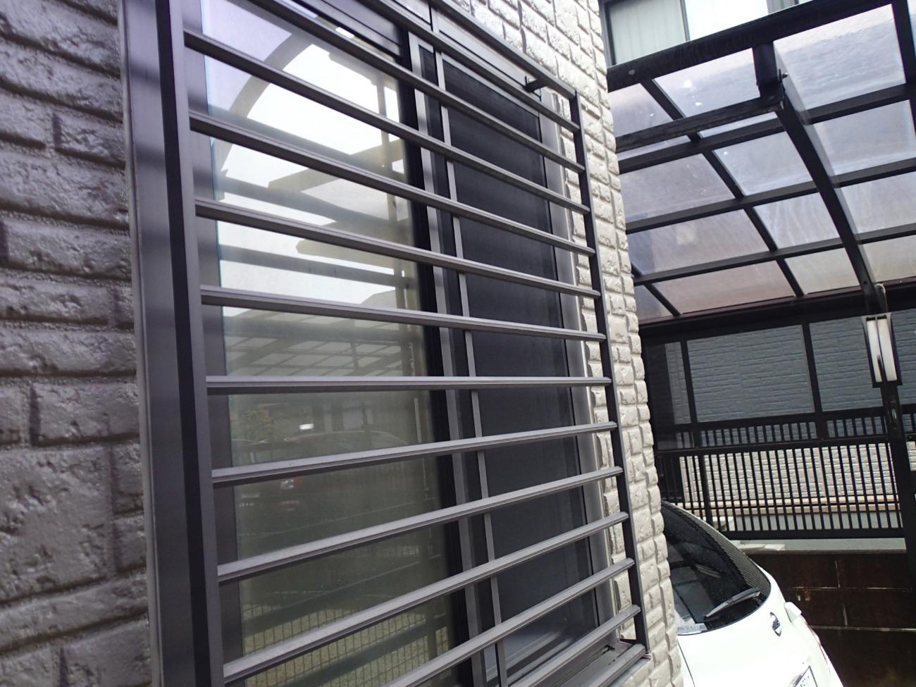 窓は隣地との視線が気になる場所にあります
