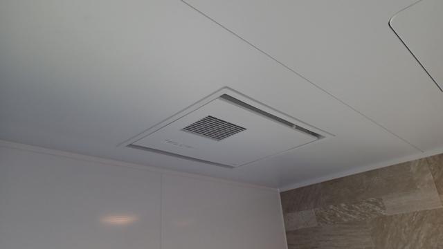 電気式浴室暖房乾燥機